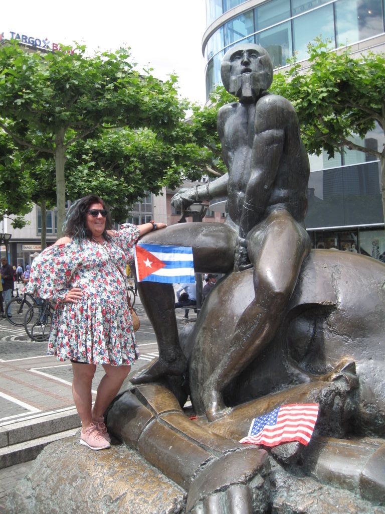 David-(Kuba) und Goliath-(USA), Zeil, Frankfurt a.M.