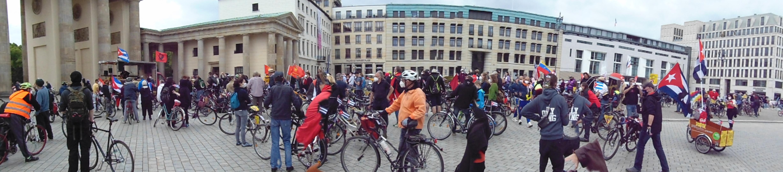 Unblockcuba-Kundgebung Friedrichstrasse Berlin