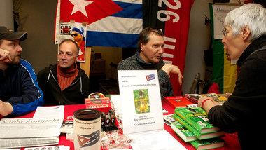Infostand der Freundschaftsgesellschaft BRD-Kuba