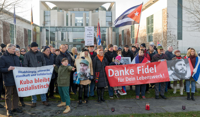 Gedenken an Fidel in Berlin