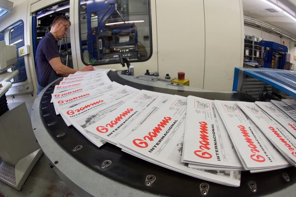 Fertigstellung der Granma Internacional in der Berliner Union-Druckerei
