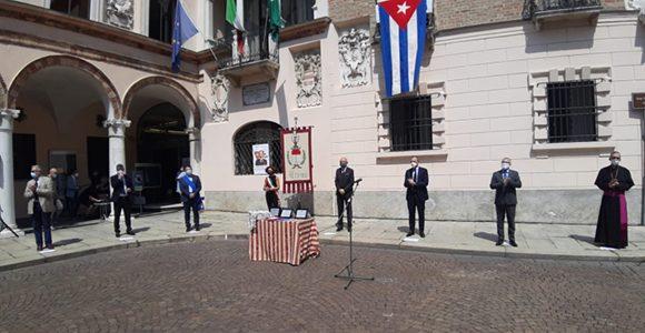 Hommage an die kubanische Ärztebrigade Henry Reeve in Crema