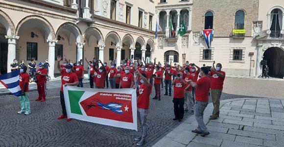 Hommage an die kubanische Sanitätsbrigade Henry Reeve